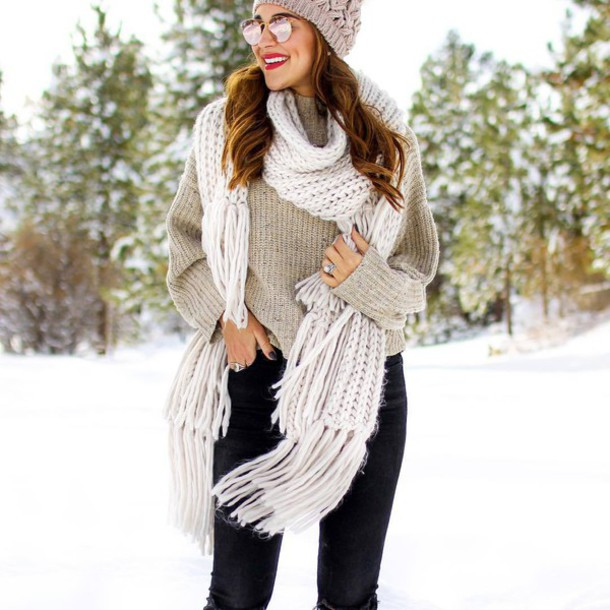 scarf white scarf tumblr knitted scarf sweater grey sweater hat grey beanie  beanie sunglasses mirrored sunglasses 6882babf717