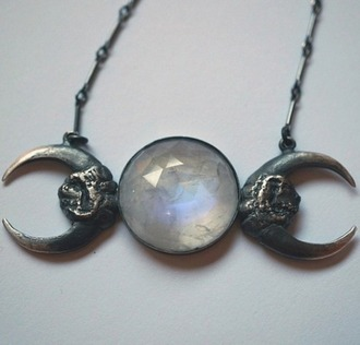 jewels moon pendant jewelry necklace pendant moon moon necklace bautiful cool necklace wiccan jewelry wiccan stone necklaces stone necklace