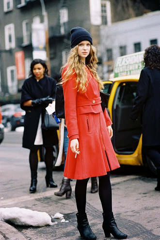 vanessa jackman blogger winter coat red coat