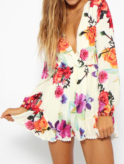 Vintage white floral jumpsuit in long sleeve