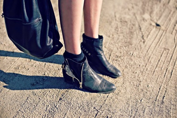 boots ankle boots leather shoes leather boots vintage vintage boots black boots boot ankle boot black ankle boot booties shoes black ankle booties