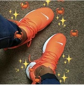shoes,orange,nike shoes,fashion,nike,sneakers.