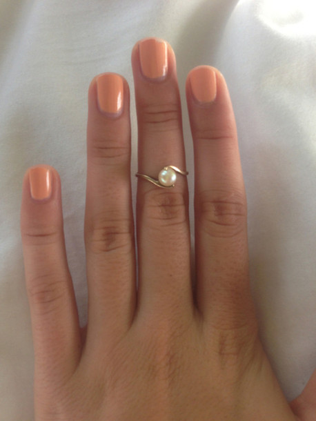 jewels ring ring tumblr nails jewelry