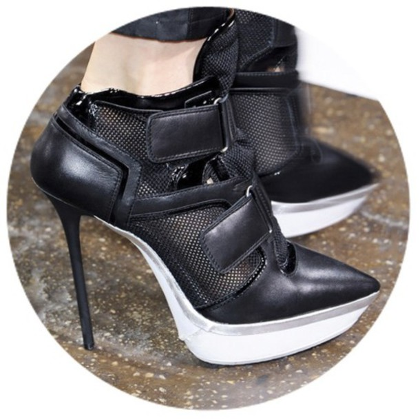 dkny black and white shoes