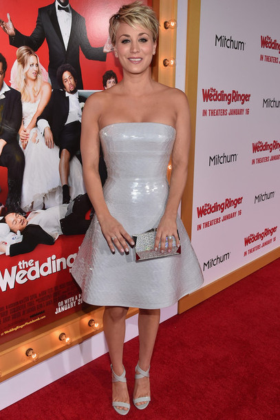 dress strapless kaley cuoco grey sandals clutch