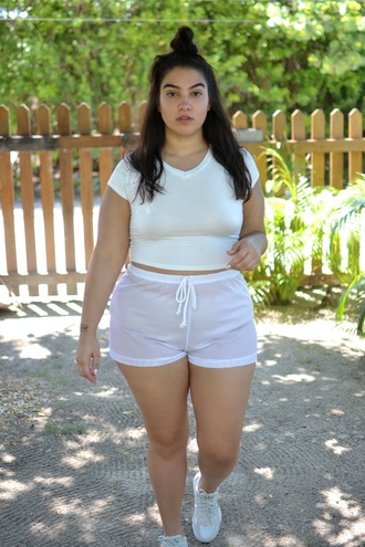 nadia aboulhosn curvy blogger shoes top sunglasses underwear shorts plus size top plus size white top crop tops white crop tops plus size activewear