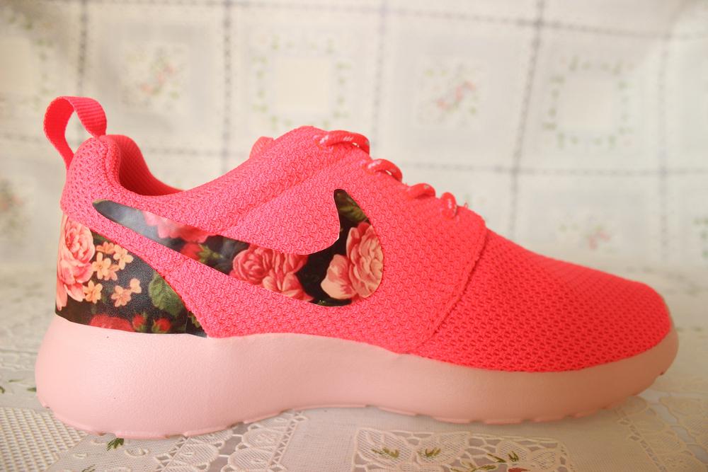 pastel floral pink nike roshe roshe