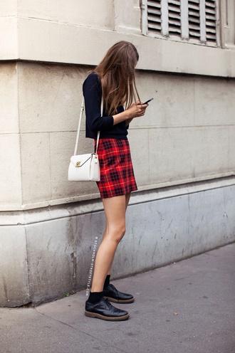 skirt red mini skirt cute plaid black purse boots chain purse bag shirt tartan pencil skirt