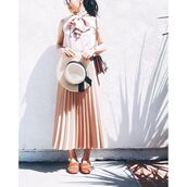 skirt,tumblr,pink top,blush,pink skirt,pleated skirt,midi skirt,hat,straw hat,sun hat,spring outfits,orange,shoes,fringe shoes,fringes