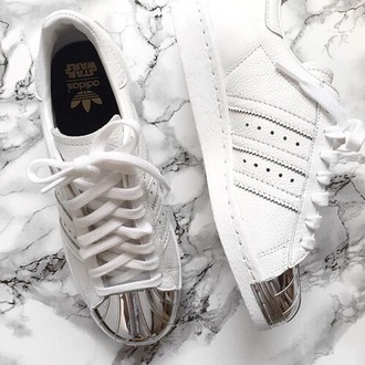 shoes adidas adidas superstars white sneakers low top sneakers
