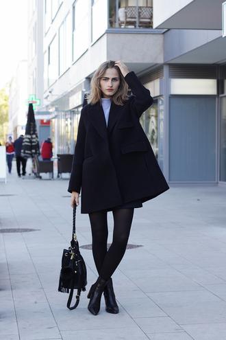 so in carmel blogger fringed bag black coat
