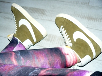 shoes green nike galaxy print happy