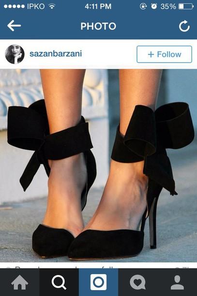 shoes balck bow heels