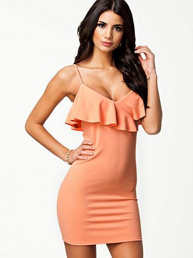Frill Shoulder Dress - Oneness - Pale Pink - Festklänningar - Kläder - Kvinna - Nelly.com