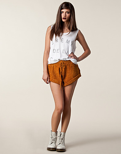 One Teaspoon Clothing Homesick Crochet Shorts One