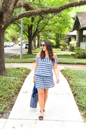 adoredbyalex blogger dress bag shoes sunglasses jewels striped dress sandals tote bag summer outfits
