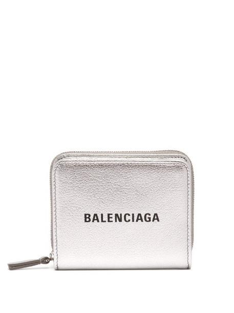 purse silver leather bag