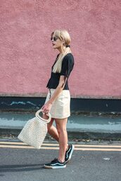 bag,vans,skirt,black top,unglasses,top,sunglasses
