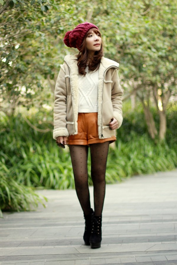 mochaccinoland coat sweater shorts hat