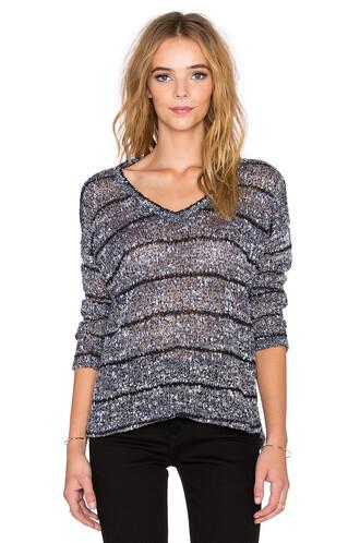 top loose knit v neck navy