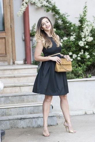 let's talk about fashion ! blogger dress bag shoes jewels belt