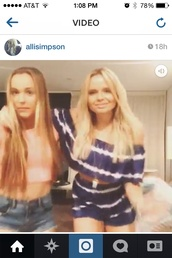 this amazing two piece is gorgeous where is it from?,alli simpson