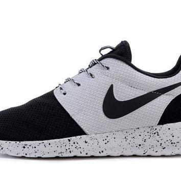 best website 4511e 8d000 n060 - Nike Roshe Run (Oreo Black/White) from shopzaping.com