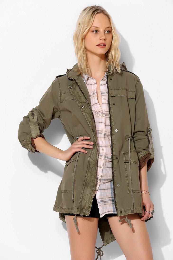 Levi's Parachute Cotton Parka - Urban Outfitters