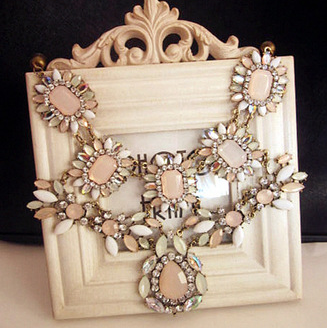 Rhinestone Vintage Necklace