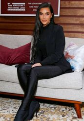 pants,all black everything,kim kardashian,kardashians,celebrity,blazer
