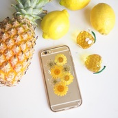phone cover,summer summer handcraft,daisy,yellow,glowers,floral,trendy,handmade,pressed flowers,iphone,iphone cover,iphone case,floral phone case,floral pants,floral phone accessories,gift ideas,lovely gift,girlfriend gift,best gifts,anniversary gift