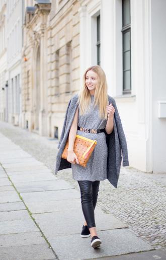 the limits of control blogger bag leggings top cardigan