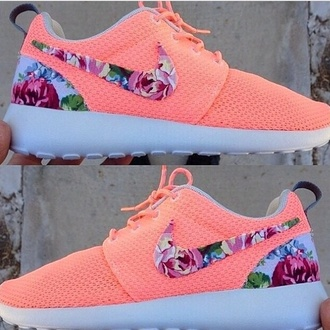 shoes nike roshe run floral peach nike running shoes floral shoes neon nikerosheruns corail flowers nikeshoes tranning