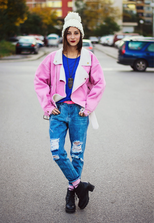 beauty insanity blogger jeans top ripped jeans owl