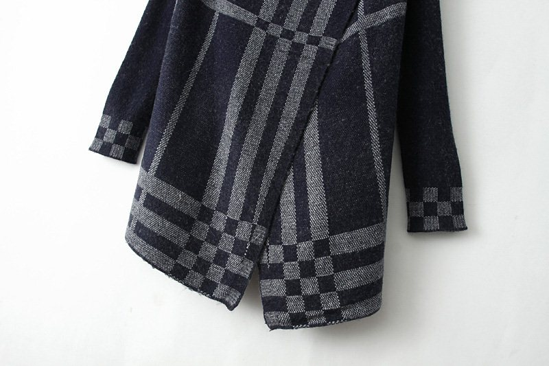 Grey Long Sleeve Plaid Knit Cape Cardigan - Sheinside.com