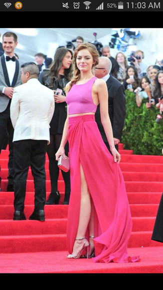 red carpet pink top emma top oufit red carpet outfit ginger skirt