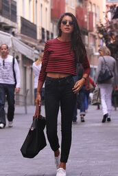 top,crop tops,red crop top,striped crop top,full sleeve crop top,high waisted jeans,black shoppers bag,black round sunglasses,white sneakers,round sunglasses,90s style