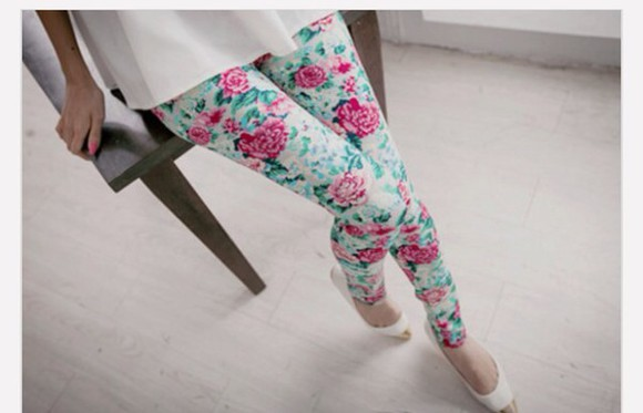cute leggings pastel flowerpower hair white blue tumblr shirt tumblr outfit spring fashion spring trending girly girlygirl