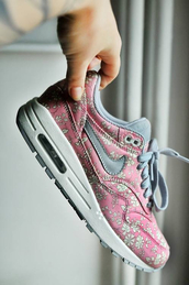 shoes,air max,nike,nike air max flowers,flowers,pink,blue,nike air max 1,sneakers,flowers?,grey,nike air,nike air max 90,floral shoes,nice,nike running shoes,nike shoes