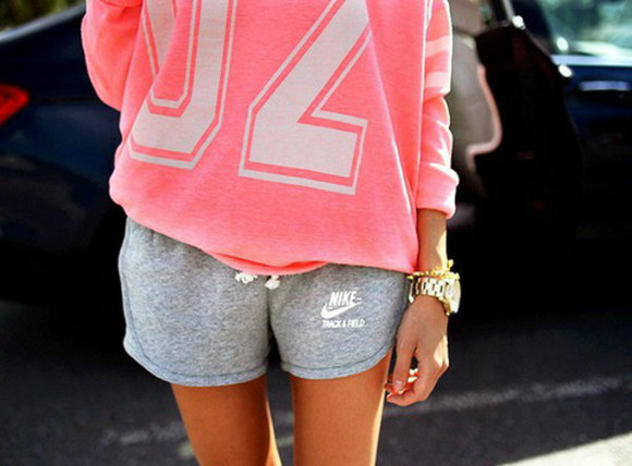 oversized baggy sweaters