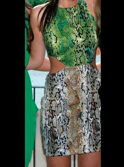 snake print cut-out green short