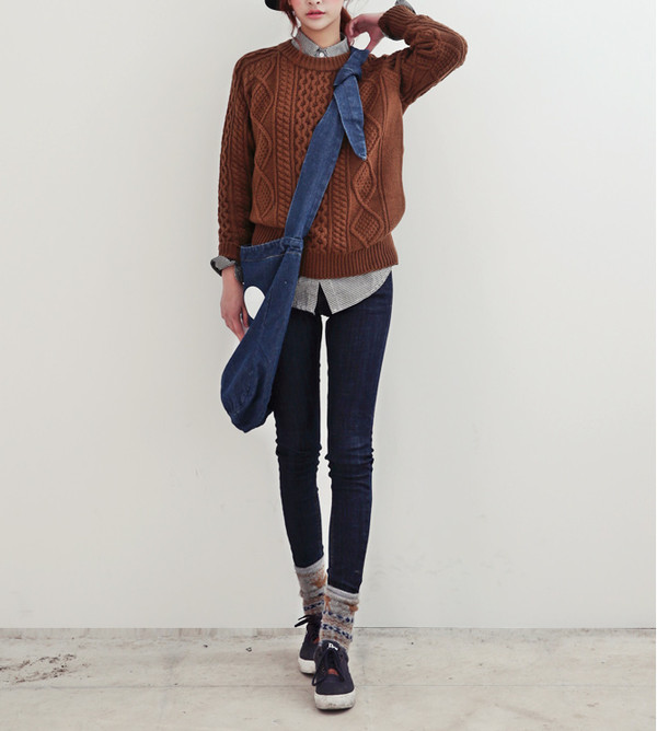 shirt clothes blogger jeans sweater winter outfits back to school hipster indie undefined bag