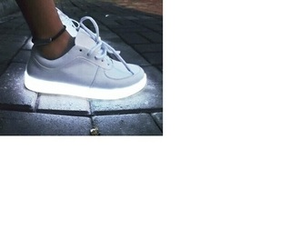 shoes lighting shiny nike