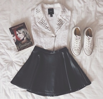skirt leather skirt black skirt white white shirt white jacket converse sneakers skater girl