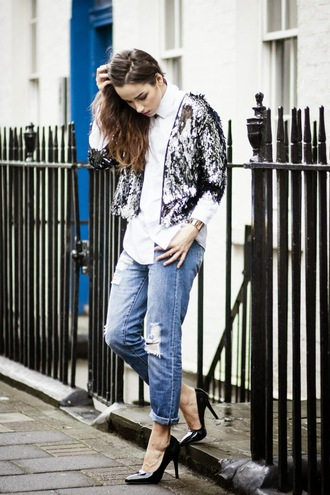 amoureuse de mode blogger white shirt sequin jacket silver ripped jeans stilettos