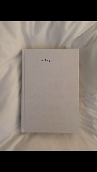 bag whute white book diary of a vintage girl lovely pepa