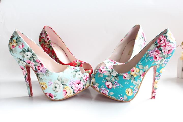 plus size 43 size 13cm ultra high heels open toe waterproof vintage cotton prints flower woman pumps shoes sandals-inPumps from Shoes on Aliexpress.com