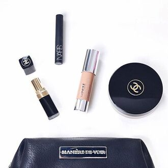 bag maniere de voir makeup bag cosmetics fashion style trendy accessories leather