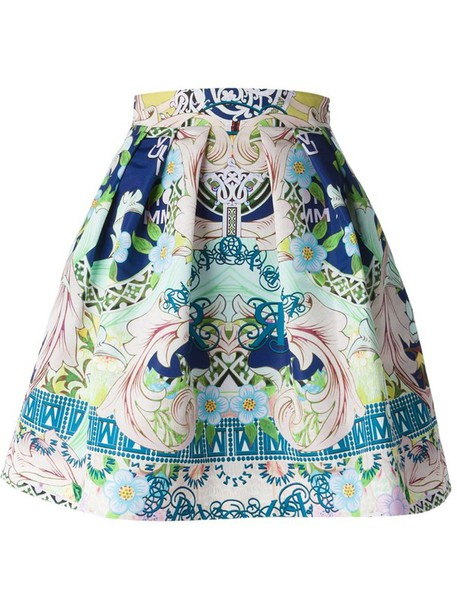 skirt color/pattern