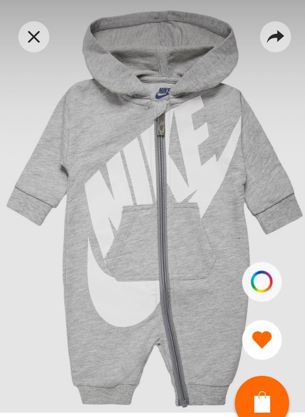5c0d43c8415 Amazon.com  Nike Infant Futura Coverall Romper (0-3 Months)  Sports ...